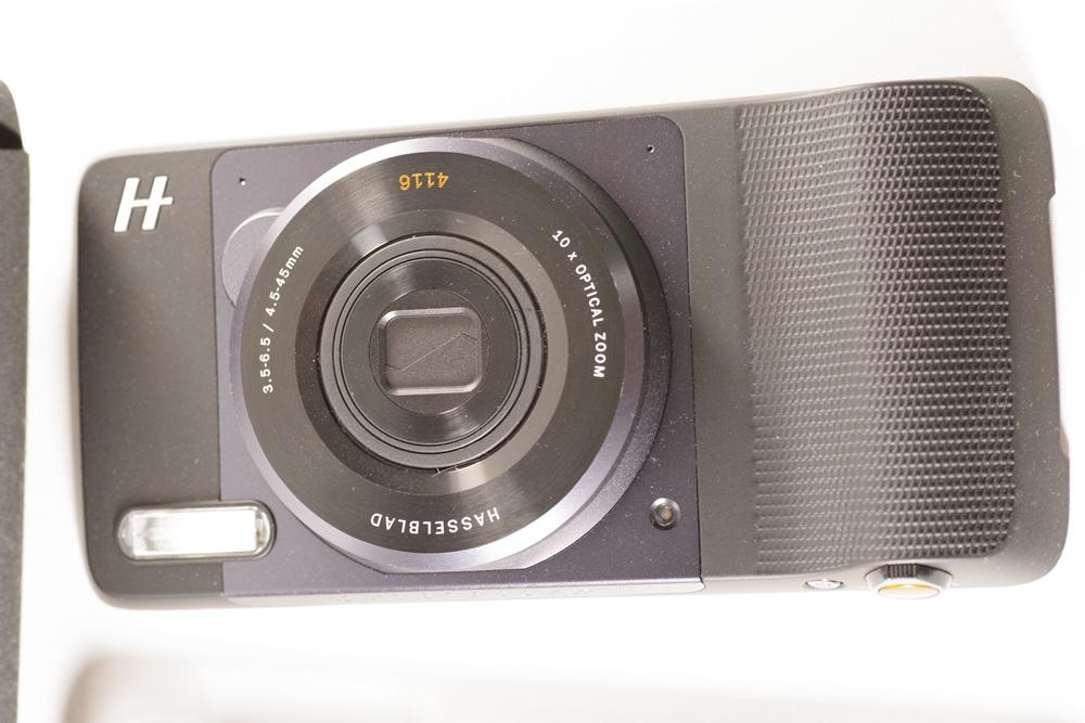 モトローラ Moto Z(SIMフリー海外版) + ハッセルブラッド True Zoom_画像5