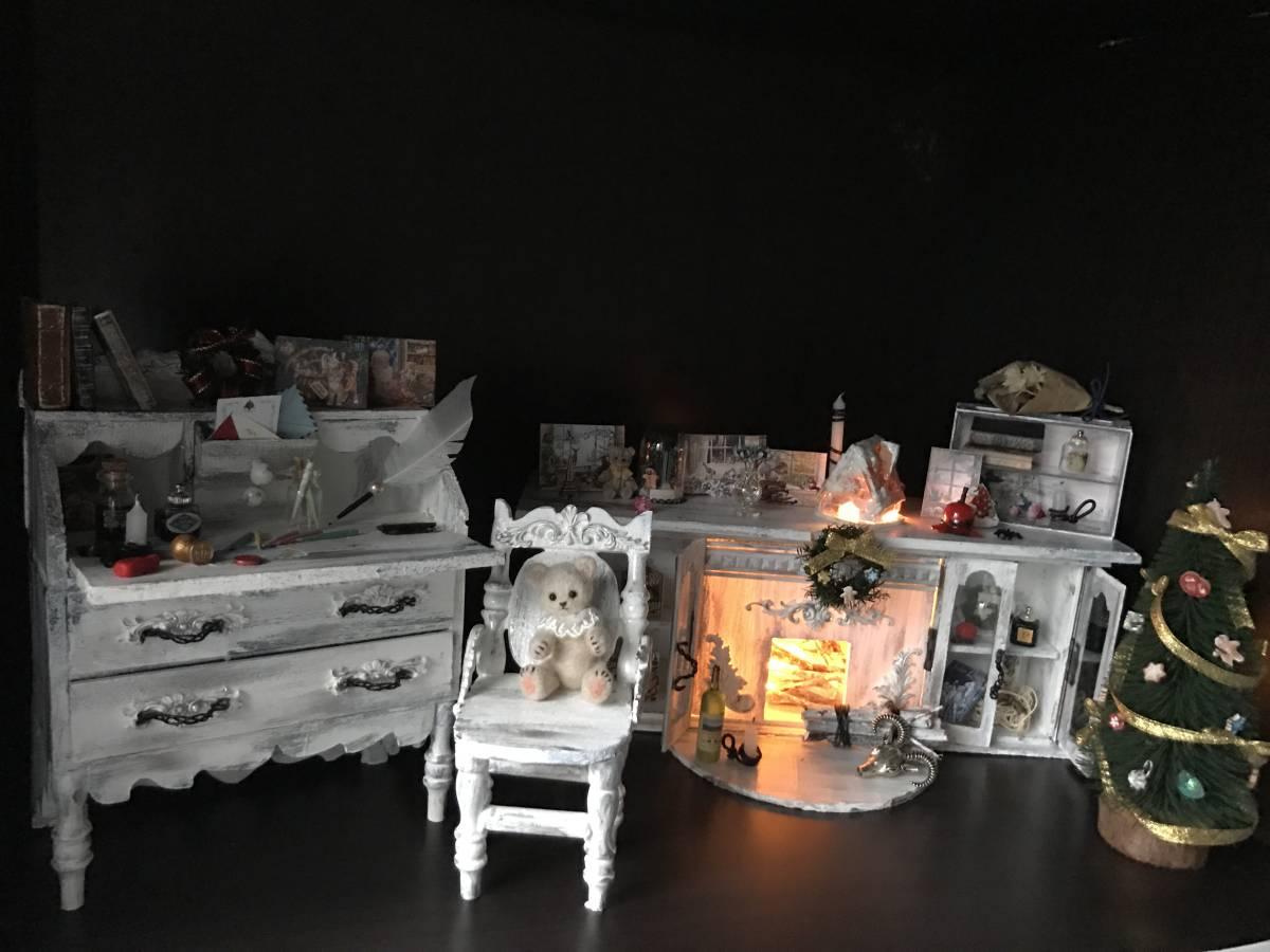 1/6サイズ アンティーク調 暖炉とツリー、小物類のセット みるくホワイト色 ミニチュア クリスマス ドールハウス ブライス momoko