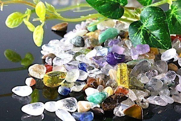 【送料無料】 200g さざれ 小サイズ ミックスジェムストーン 水晶 パワーストーン 天然石 ブレスレット 浄化用 さざれ石 チップ ※3_画像1