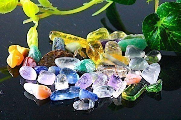 【送料無料】 200g さざれ 小サイズ ミックスジェムストーン 水晶 パワーストーン 天然石 ブレスレット 浄化用 さざれ石 チップ ※2_画像3