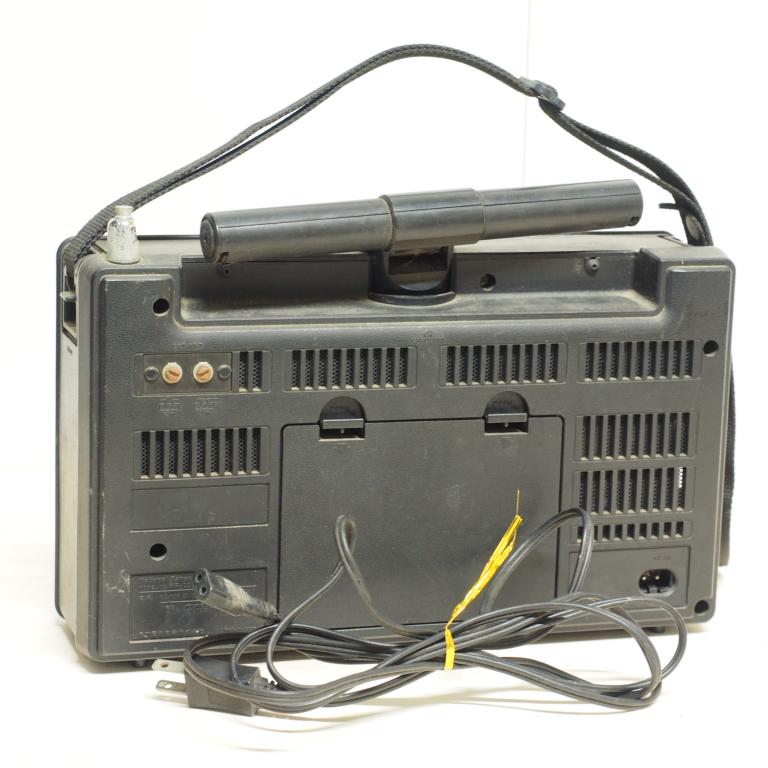 ib) アンティーク 短波ラジオ RF-2200 パナソニック ジャンク_画像2