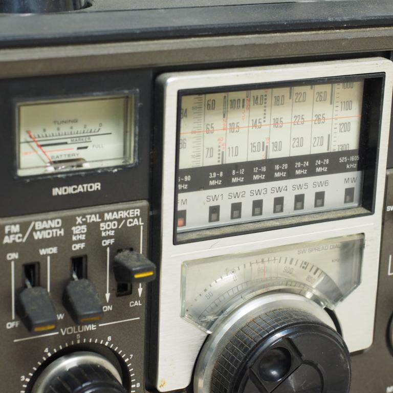 ib) アンティーク 短波ラジオ RF-2200 パナソニック ジャンク_画像4