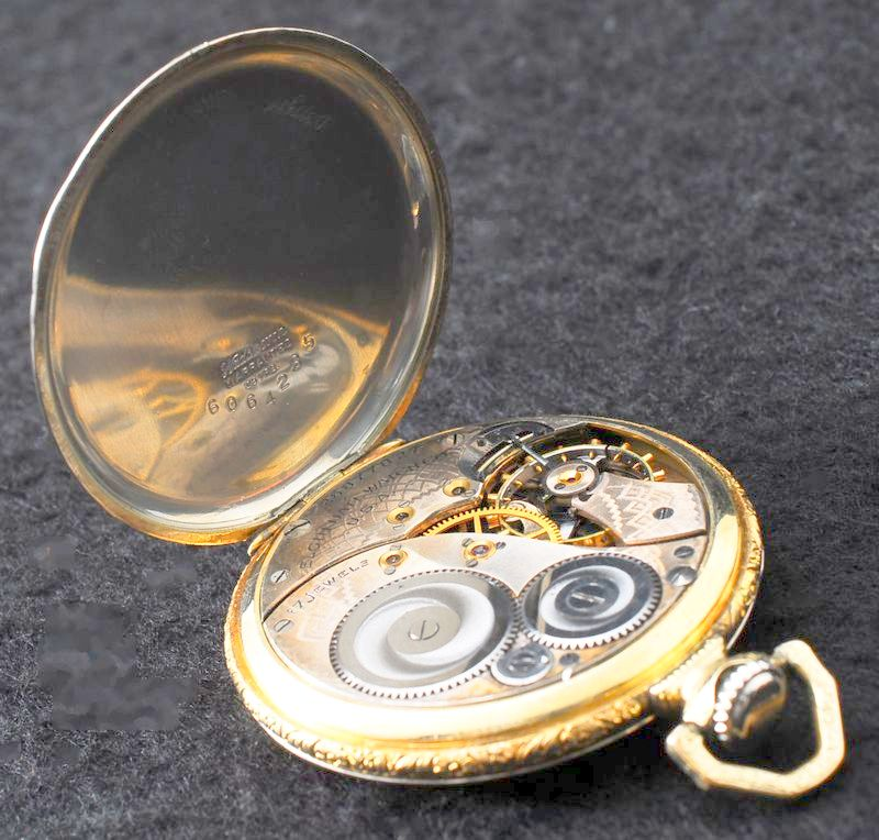 極美品 1923年 ELGIN バイカラーケース アールデコ 白金張 懐中時計 アンティーク エルジン_画像3