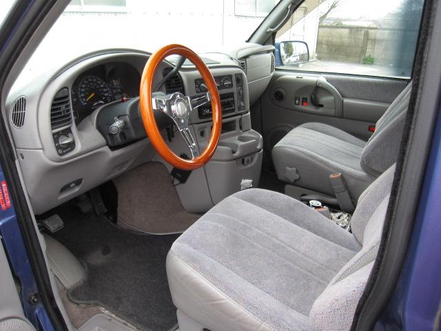 名義変更OK書類一式 アメ車 車中泊 バンライフ Chevrolet シボレーアストロ GMCサファリ 新車並行 実走行33800km _画像5