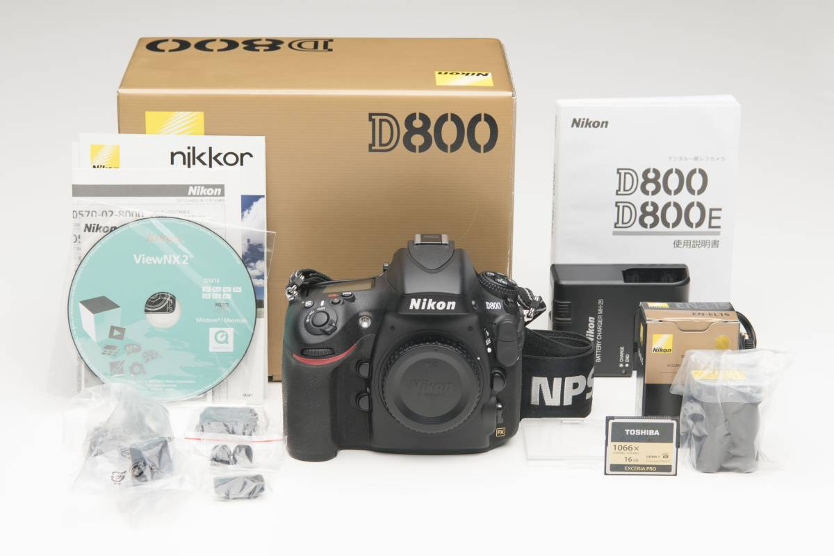NikonD800 CFカードとNPS プロストラップ 付属 外観ゴム交換済み 1円スタートです。