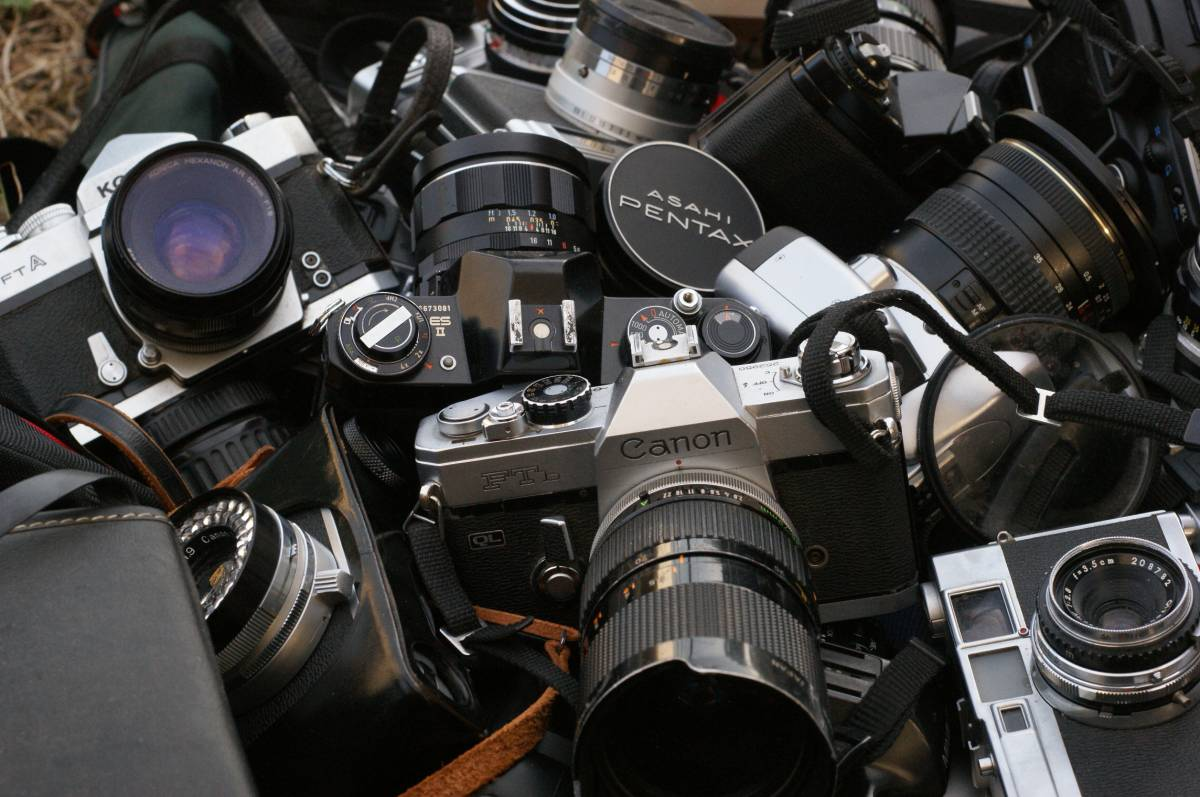 レンズ付き一眼21台山盛り完全ジャンクセット_画像4