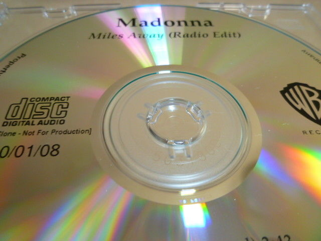 MADONNA マドンナ Miles Away 未発表バージョン収録プロモCD : アカペラ、インストゥルメンタル _画像3