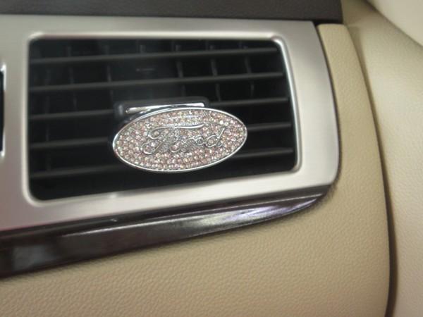 エアコン吹き出し口に付ける 芳香剤 ケース フォード エクスペディション エクスプローラー F150 マスタング エコノライン 送料140円  _画像1