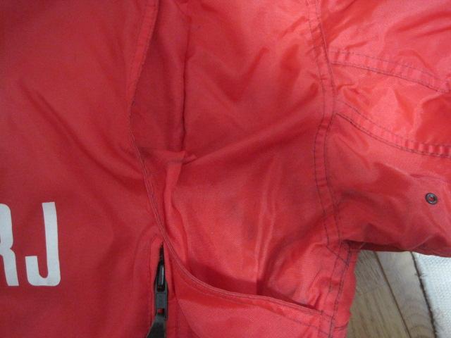 防寒カドヤKADOYA NEW CONCEPTERナイロン赤ライダースジャケットSサイズ中綿入り裏ロゴ_画像5