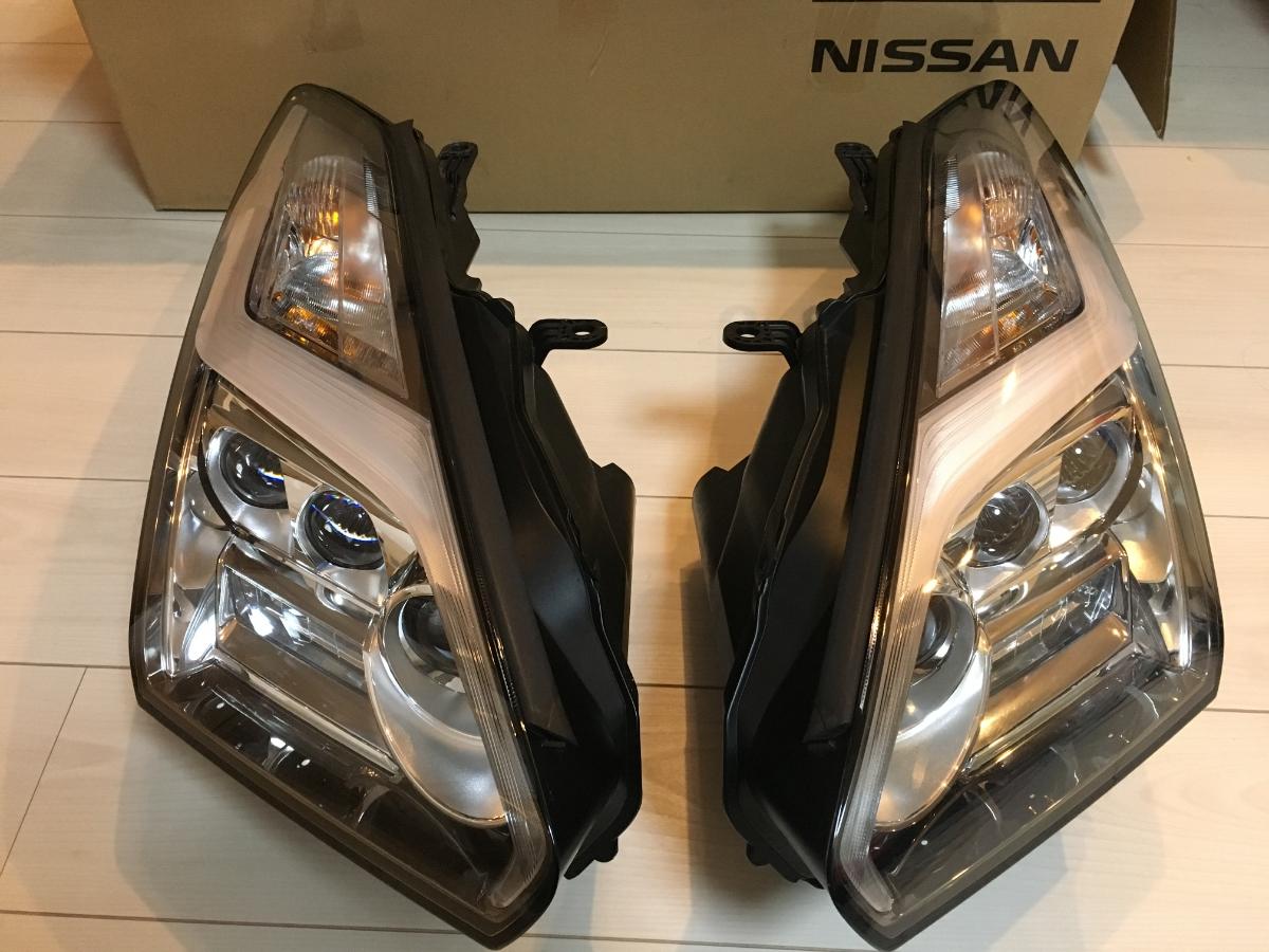 GT-R R35 後期 ライト/稲妻ヘッドライト LED 純正 GTR KOITO