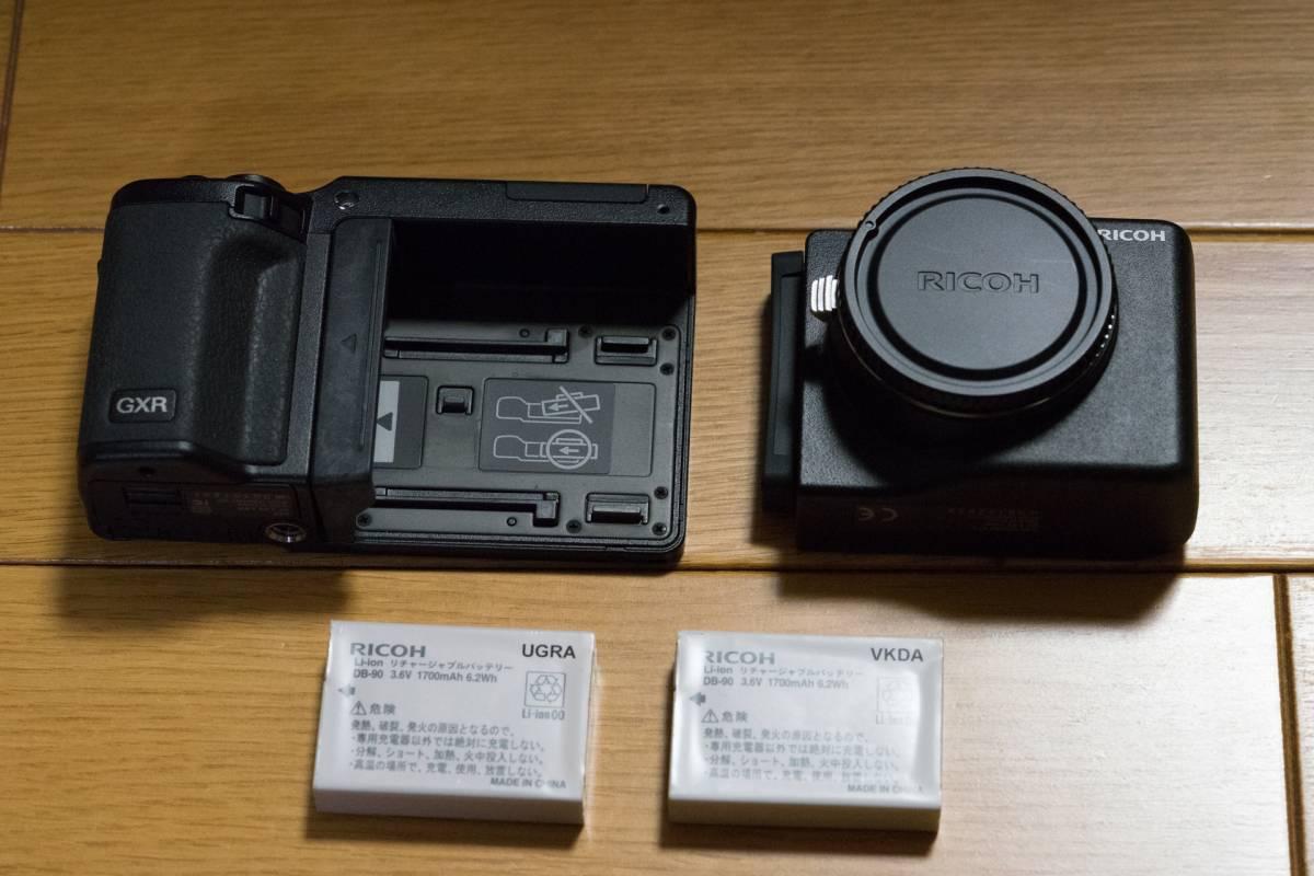RICOH GXR BODY ボディ + GXR A12 MOUNT + 純正予備バッテリー 美品レベルです