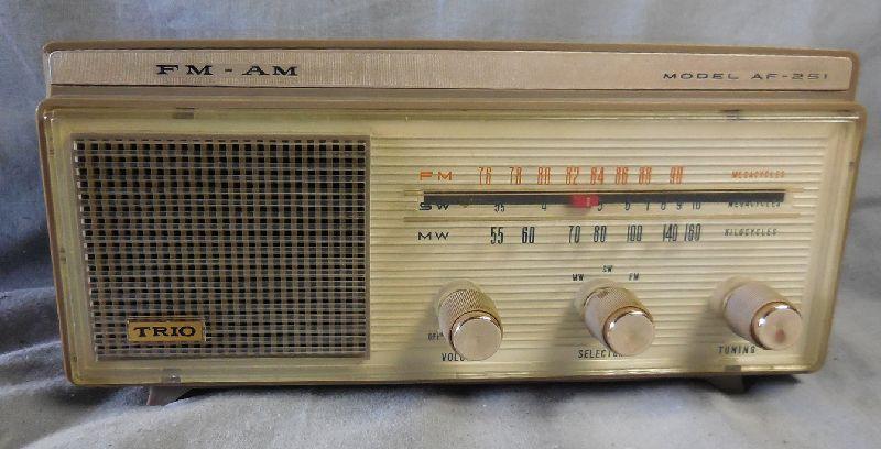 FM SW MW 3バンド小型真空管ラジオ・TRIO・トリオ・AF-251・感度良好_画像6
