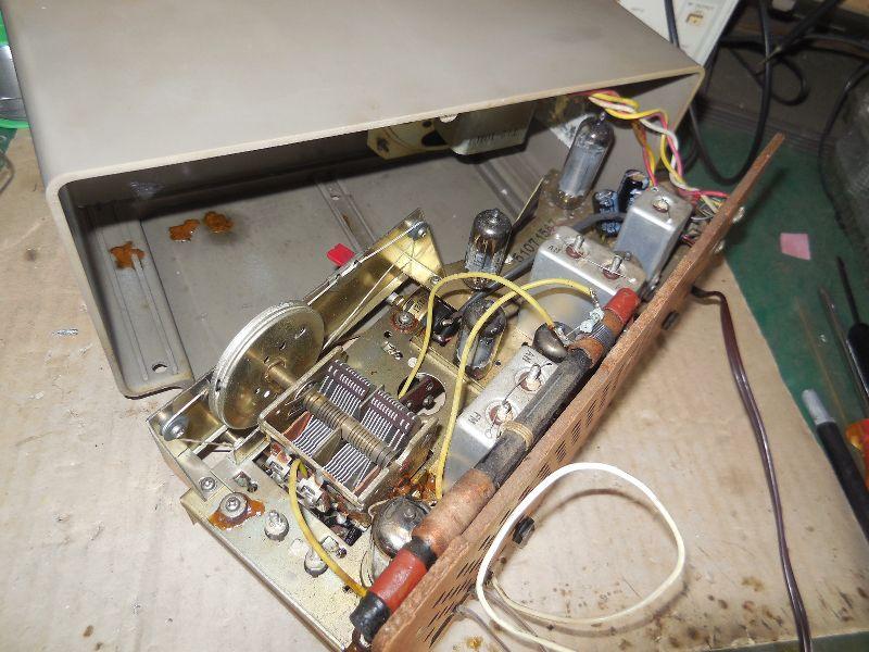FM SW MW 3バンド小型真空管ラジオ・TRIO・トリオ・AF-251・感度良好_画像4