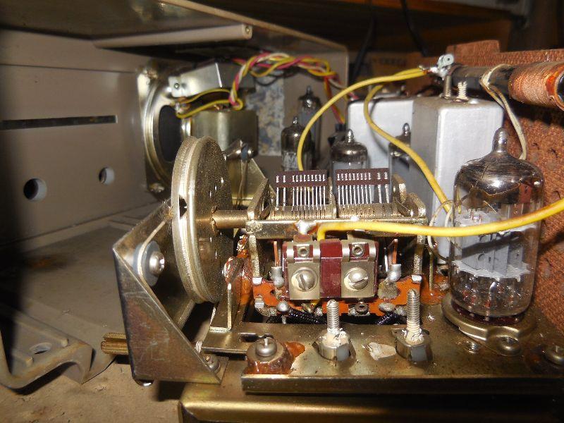 FM SW MW 3バンド小型真空管ラジオ・TRIO・トリオ・AF-251・感度良好_画像5