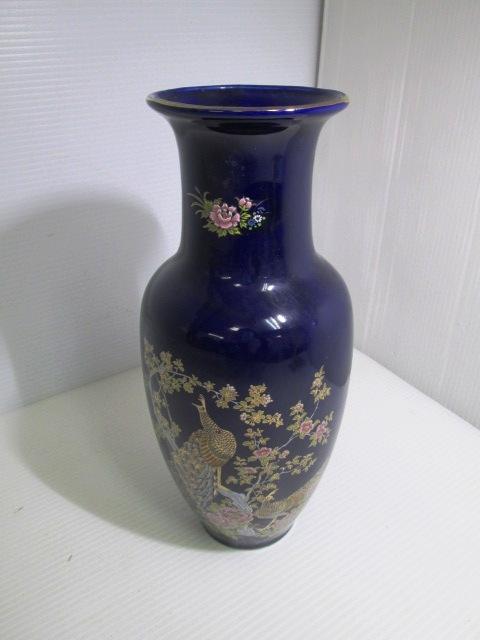 【美品】 ★ 花入れ 花瓶 ★ 藍色 花と孔雀模様 高さ27㎝