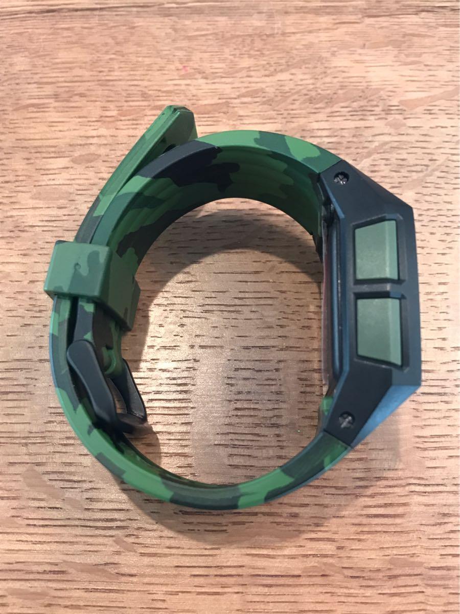 新品未使用品 ニクソン/NIXON タイドグラフ 迷彩 腕時計 値下げ交渉あり_画像3