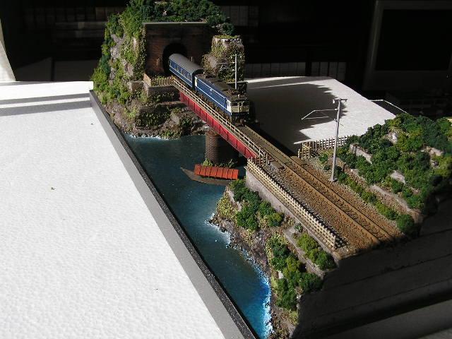 夢鉄道ジオラマ   NO。3536  トンネルとガーダー橋。