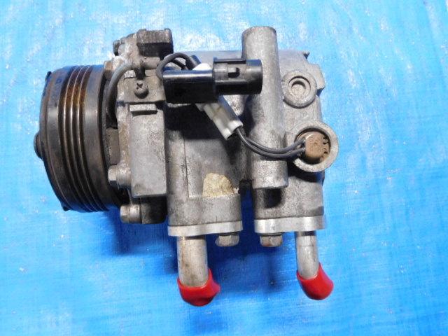 H81W EKスポーツ H82W EKワゴン H82A トッポ コンプレッサー MN189413_画像3