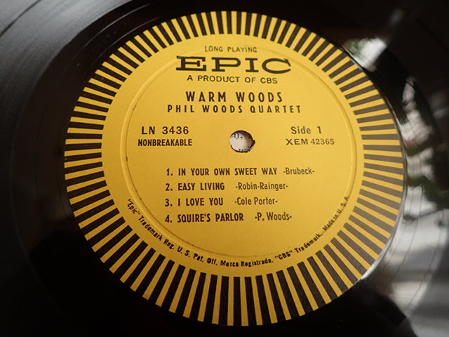 良盤: US Epic mono dg WARM WOODS / THE PHIL WOODS QUARTET_画像3
