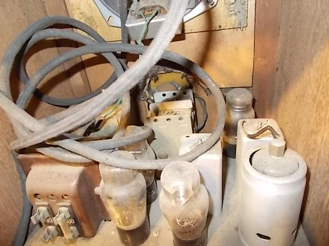 ◆古い真空管式ラジオ◆中央電気特選ナナオラ放送受信機150型◆◆アンティーク_画像10