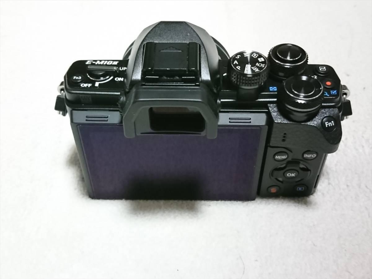 ★☆OLYMPUS オリンパス OM-D E-M10 Mark II 14-42mm EZレンズキット 自動開閉レンズキャップ付 美品!送料込!☆★_画像4