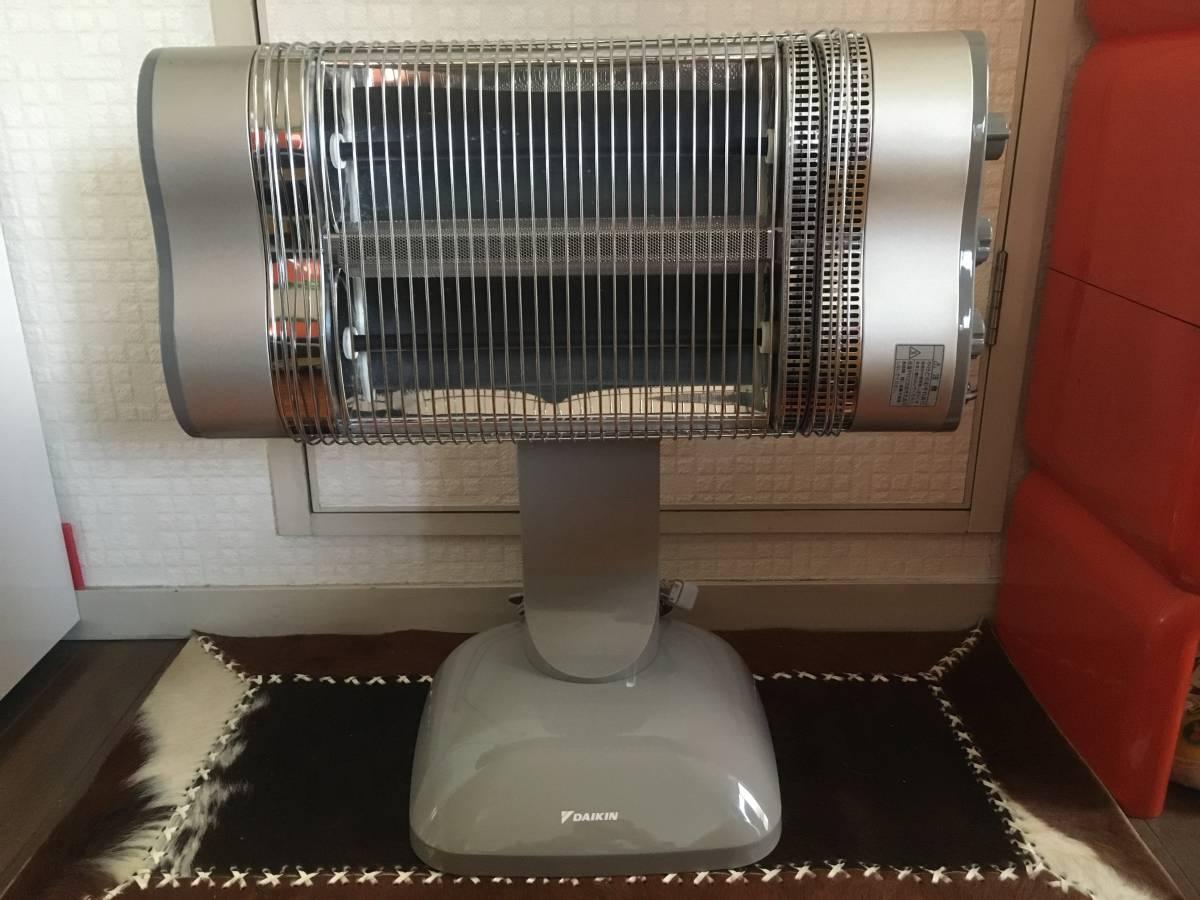 美品■DAIKIN ダイキン■遠赤外線暖房器 セラムヒート ERFT11NS 12年製_画像2