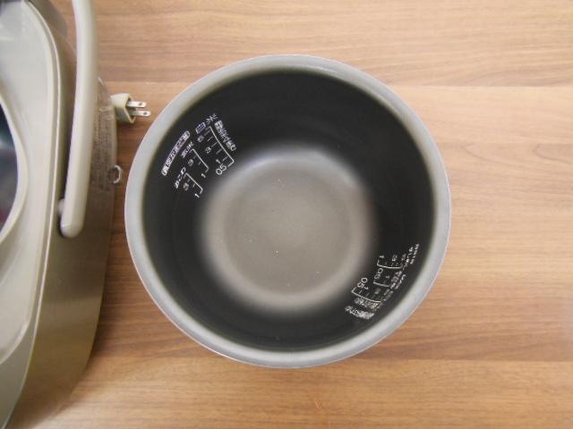 【1円スタ】象印 NP-NE10 真空圧力IH炊飯器(5.5合炊)極め炊き 2011年_画像6