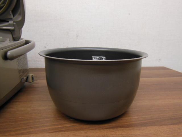 【1円スタ】象印 NP-NE10 真空圧力IH炊飯器(5.5合炊)極め炊き 2011年_画像7