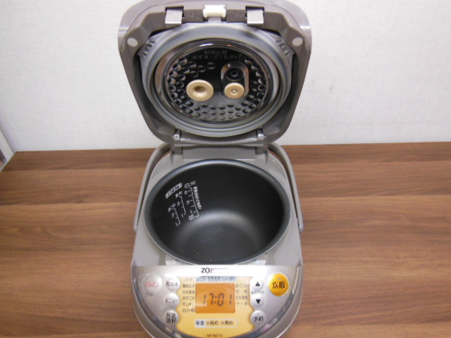 【1円スタ】象印 NP-NE10 真空圧力IH炊飯器(5.5合炊)極め炊き 2011年_画像3