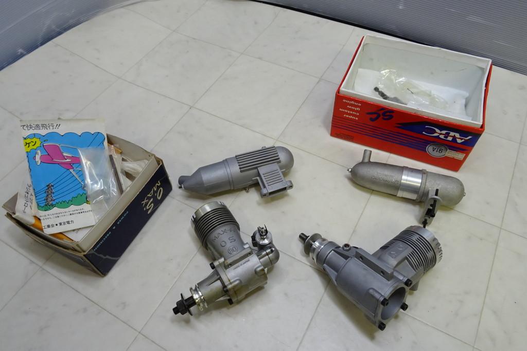 ジャンク扱い・長期保管品■(8)エンジン・パーツ 画像のものまとめて O.S. MAX H80/RC *ABC SC 91A