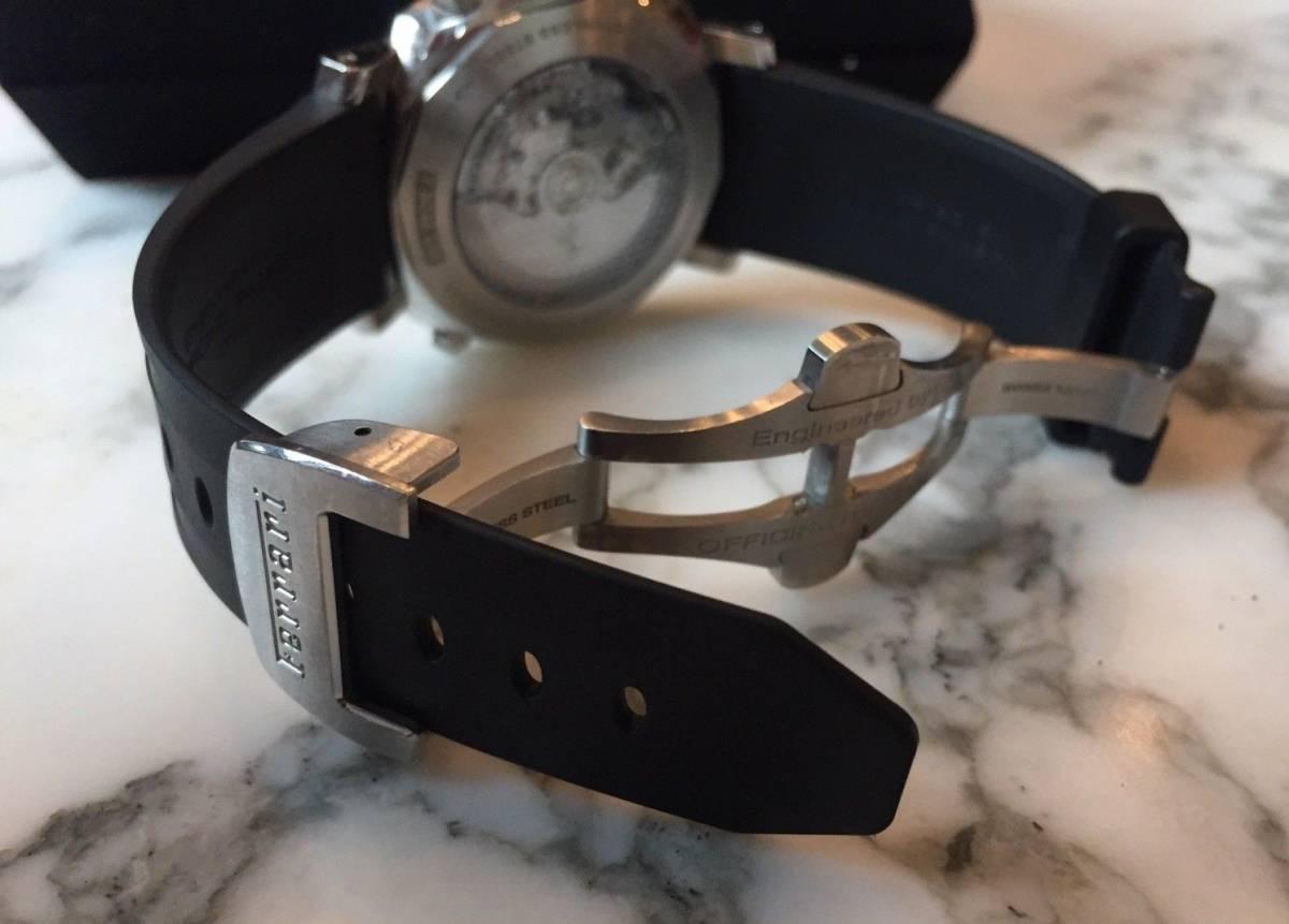 本物 150万円 PANERAI パネライ フェラーリ・グラントゥーリズモ・ラトラパンテ自動巻きFER00005 メンズ腕時計【2回のみ使用の極美品】_画像5
