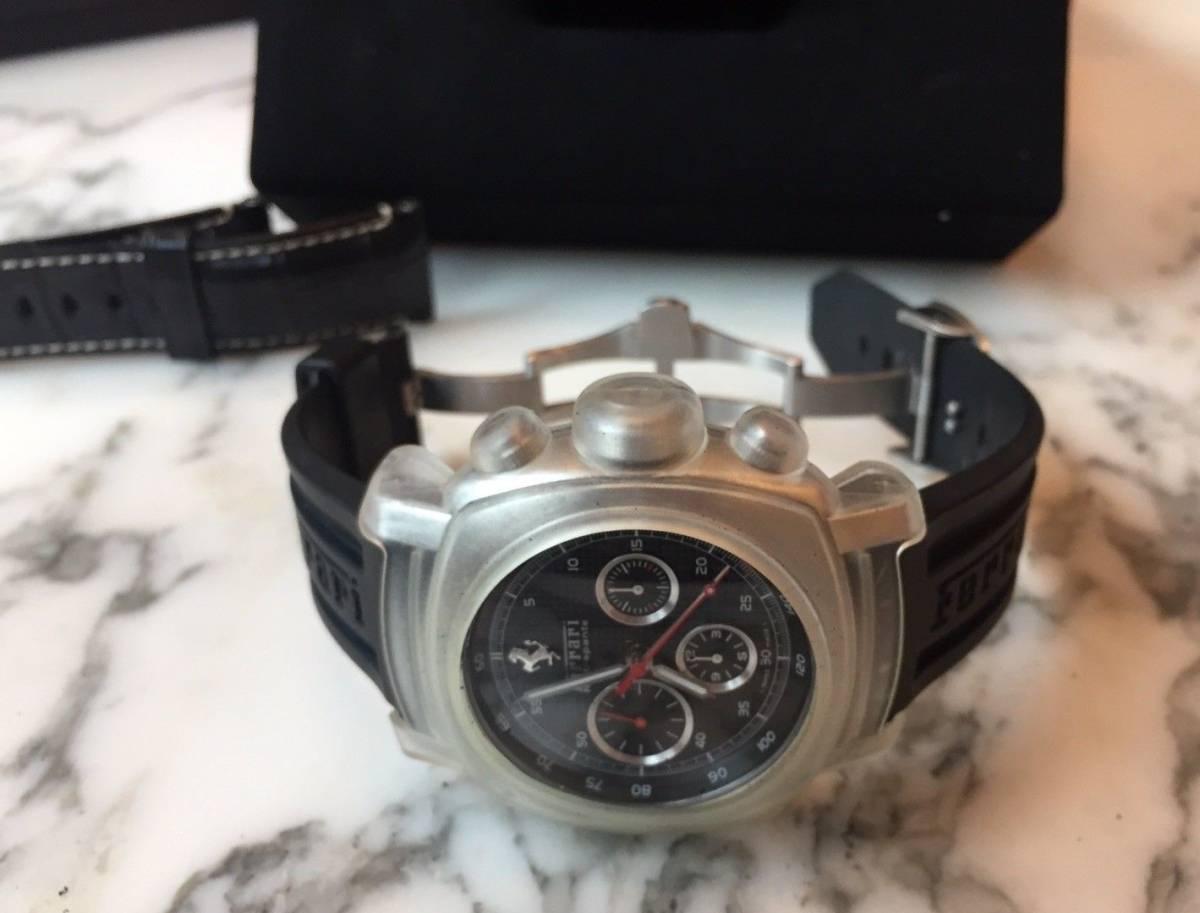 本物 150万円 PANERAI パネライ フェラーリ・グラントゥーリズモ・ラトラパンテ自動巻きFER00005 メンズ腕時計【2回のみ使用の極美品】_画像3