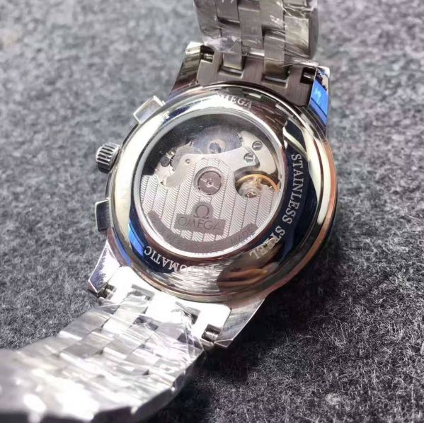 オメガ Omega 新品 メンズ 時計 腕時計 自動巻き 裏スケ_画像3