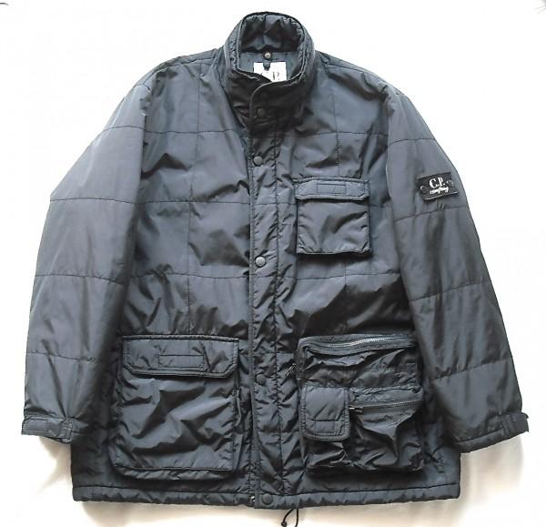 ビンテージ80sイタリアCPカンパニー黒ジャケット中綿ナイロンCLOSEDジルボー軍クローズドxxストーンアイランド45ケミカルRPMエンジニアrrl
