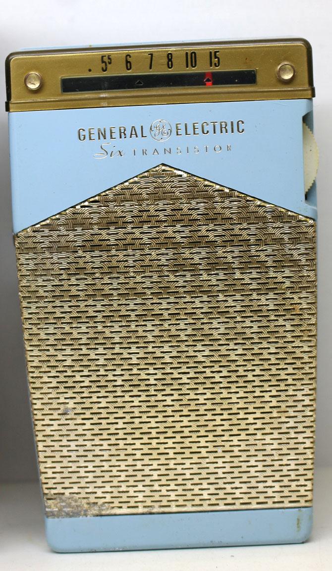 ◆◆1950-60年代/GENERAL ELECTRIC P831C-BLUE/トランジスターラジオ/GE社/6TRANSISTOR/MADE IN U.S.A./as is/オリジナルケース付き_画像2