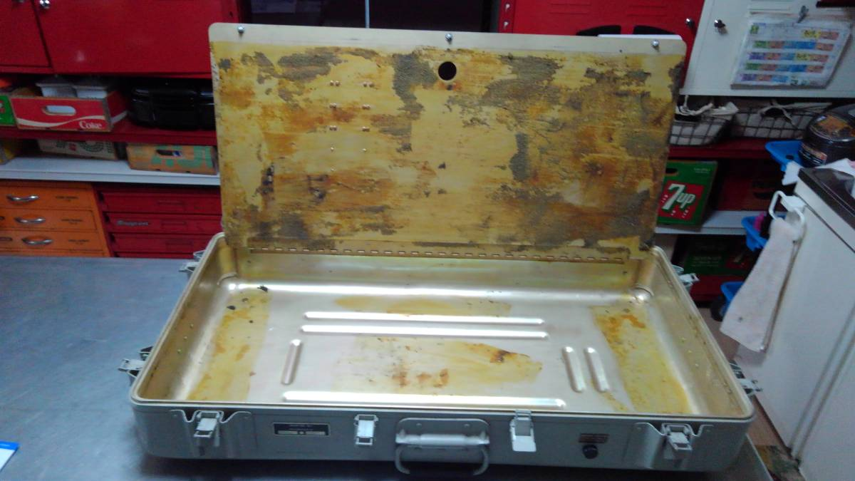 ゼロハリバートン希少ミリタリー軍用アルミケースUSAアメリカ軍アルミコンテナ非売品ミルスペックUSボックス機密ケース防水ビンテージ_画像7