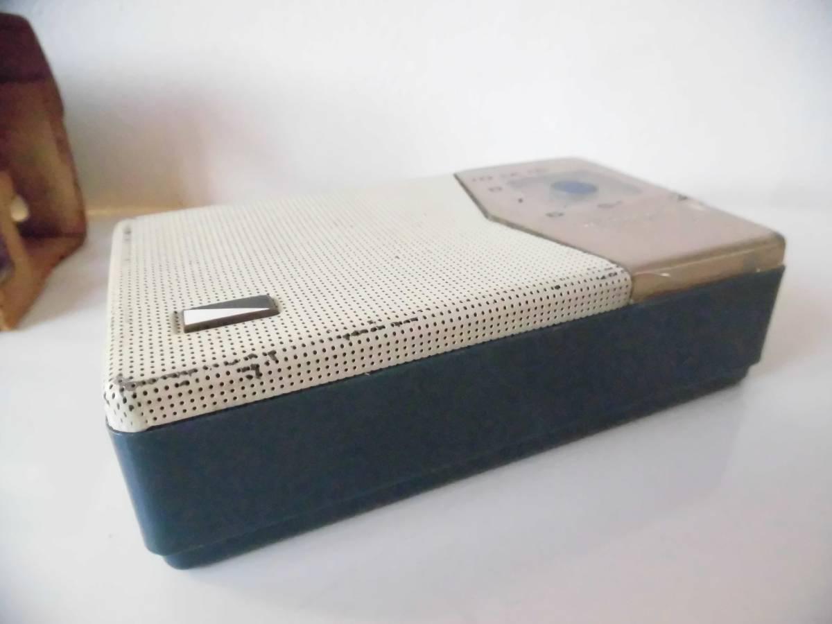 n133 ジャンク ナショナル トランジスタラジオ AT-200 年代物 昭和レトロ_画像3