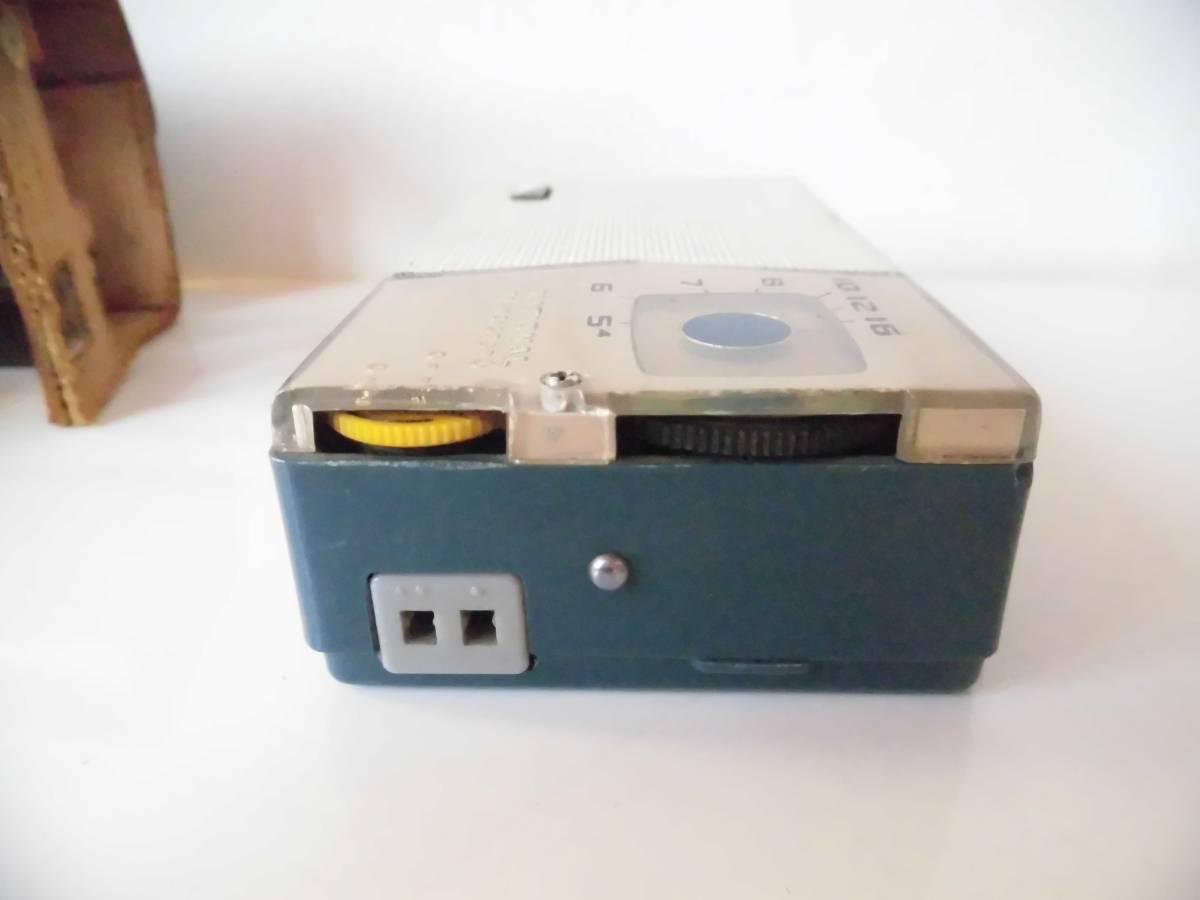 n133 ジャンク ナショナル トランジスタラジオ AT-200 年代物 昭和レトロ_画像4