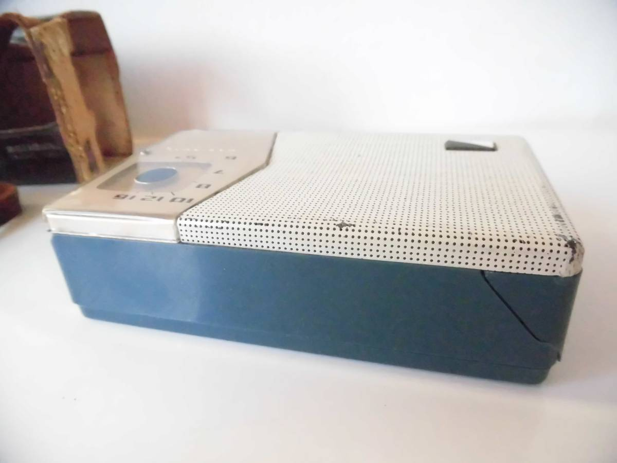 n133 ジャンク ナショナル トランジスタラジオ AT-200 年代物 昭和レトロ_画像5