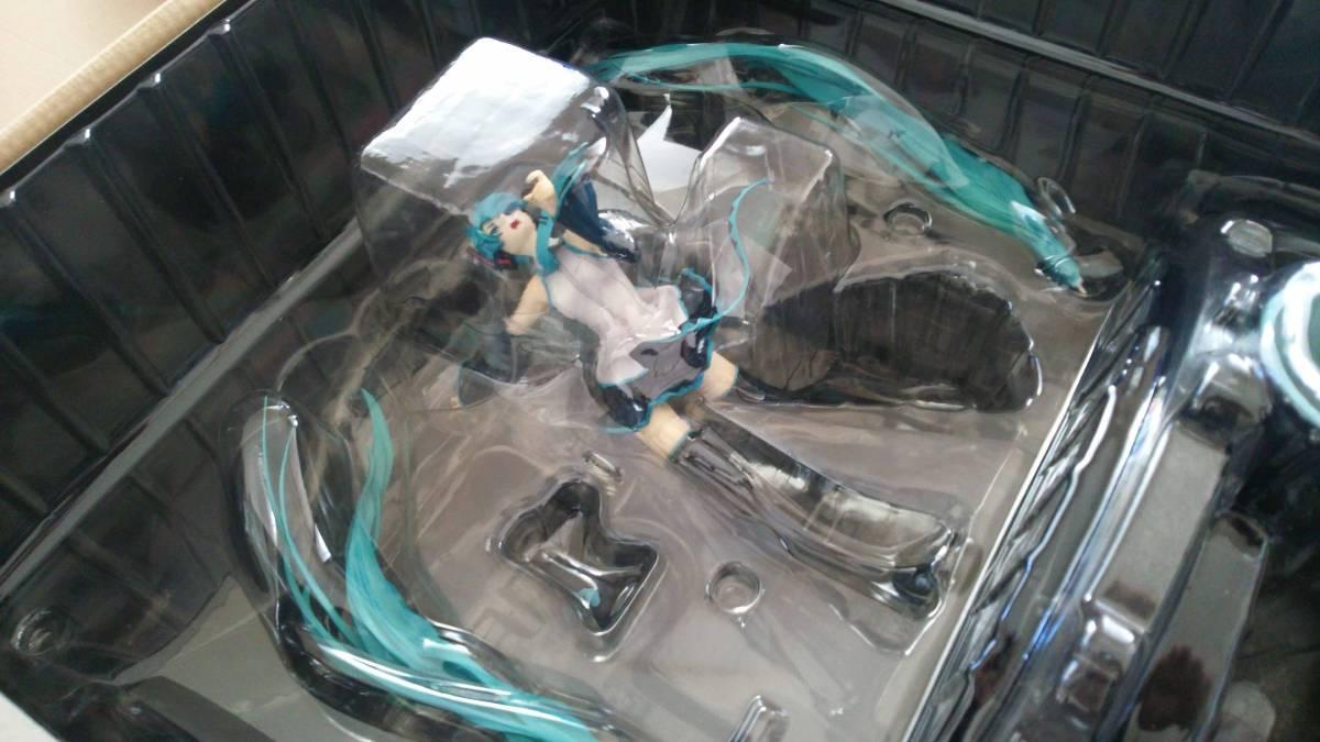 箱のみ開封の新品:1/8 初音ミク 恋は戦争ver. DX フィギュア グッドスマイルカンパニー HATSUNE MIKU_画像3