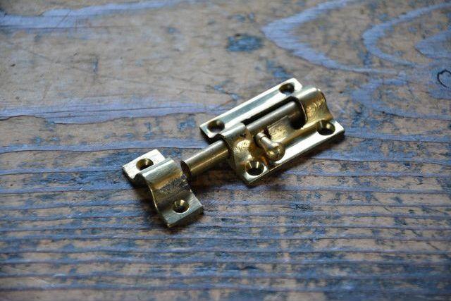 NO.7022 古い真鍮鋳物のラッチ 36mm 検索用語→A50gアンティークビンテージ古道具真鍮金物扉ドア引き戸ケビント_画像2