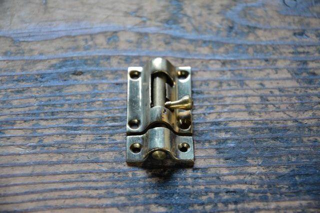 NO.7022 古い真鍮鋳物のラッチ 36mm 検索用語→A50gアンティークビンテージ古道具真鍮金物扉ドア引き戸ケビント_画像5