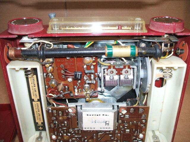 ソニー/SONY SW/BC 2BAND 7石トランジスタラジオ TR-74 昭和30年代_画像9