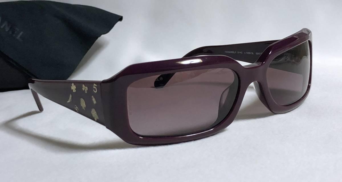28cb61e892fa 代購代標第一品牌- 樂淘letao - 正規美セレブ愛用! CHANELシャネルマルチアイコンロゴサングラス 金×濃紫メインアイコンモチーフ☆ゴールド×ダークパープルケース有