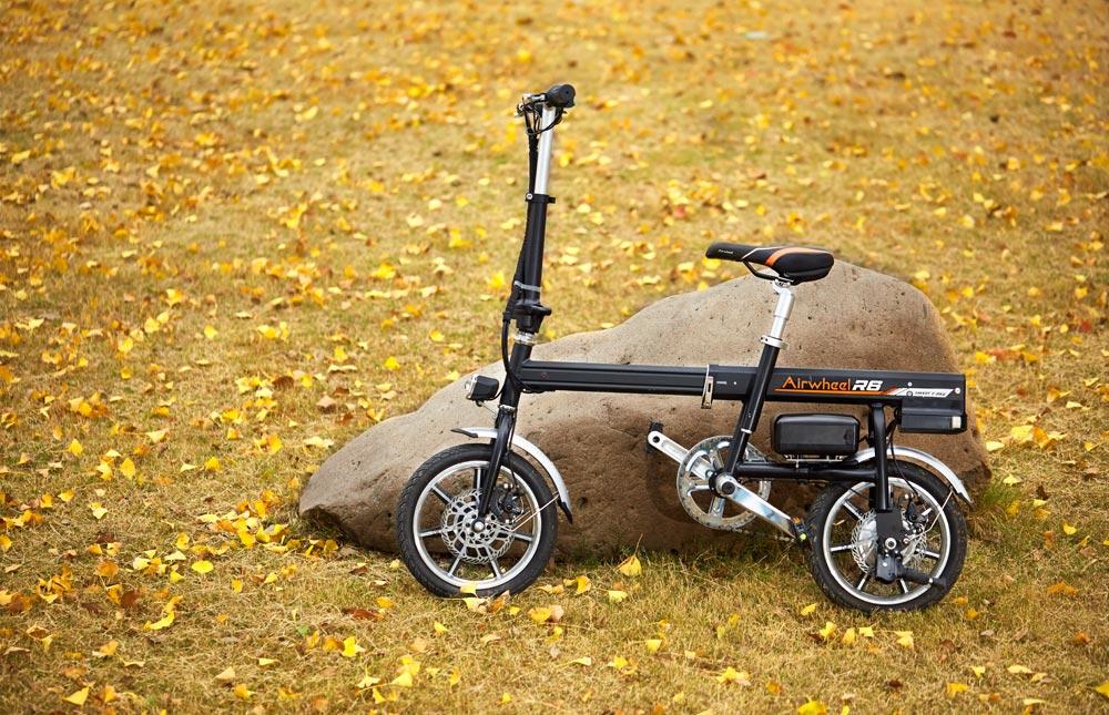 「超小型 ボタン1つで自動伸縮 フル電動自転車 Airwheel R6 smart E-bike スマートイーバイク」の画像3