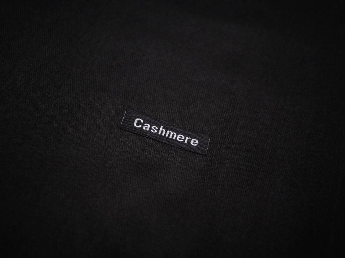 上質 カシミア100% ライトタッチ 無地 ストール 大判 BLACK 黒 ブラック HIGH QUALITY CASHMERE COLLECTION_画像2