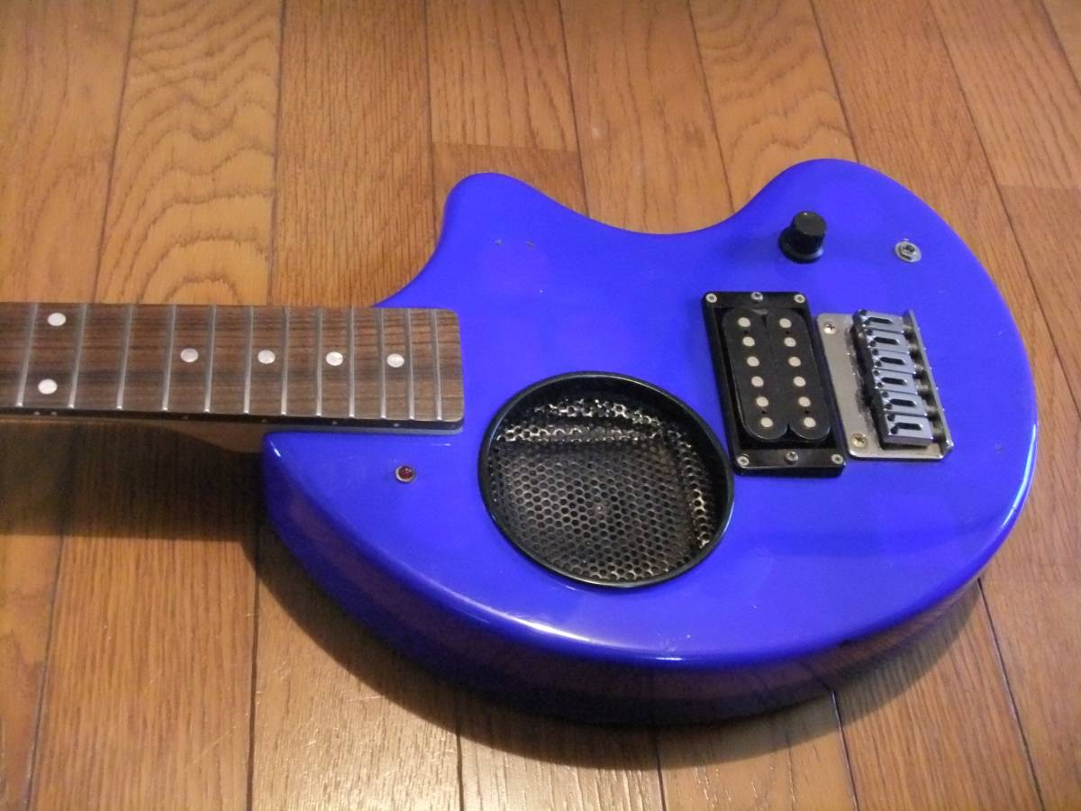 FERNANDES ZO-3 濃青 ブルー 極上! トラベルギター 弾き易さ抜群! メンテ済み! スピーカー内蔵 ミニギター 名機! フェルナンデス 激レア色!_フラッシュ無し