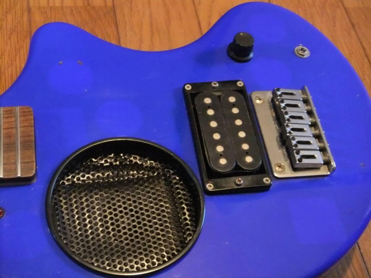 FERNANDES ZO-3 濃青 ブルー 極上! トラベルギター 弾き易さ抜群! メンテ済み! スピーカー内蔵 ミニギター 名機! フェルナンデス 激レア色!_画像2