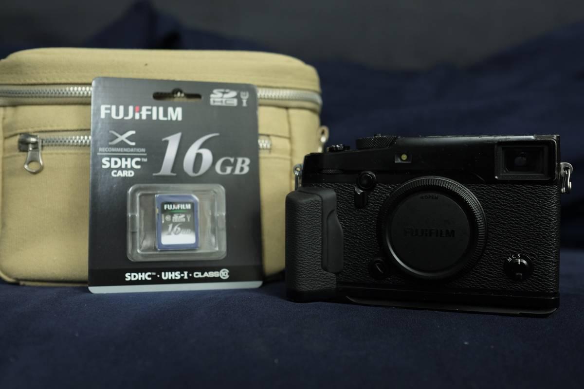 Fujifilm X-Pro2 ボディ ハンドグリップつき  ポーチ SDカードなど おまけ多数