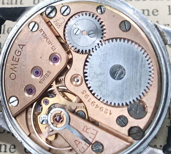 極上品【オメガ☆ミリタリー】アンティーク ヴィンテージ Cal.265 手巻き メンズ腕時計_画像8